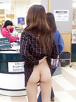 12 pictures - Public upskirt pics with hot chicks